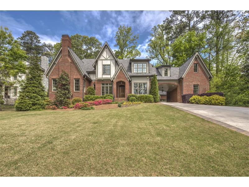 1215 W Wesley Road NW, Atlanta, GA 30327 (MLS #5677816) :: North Atlanta Home Team