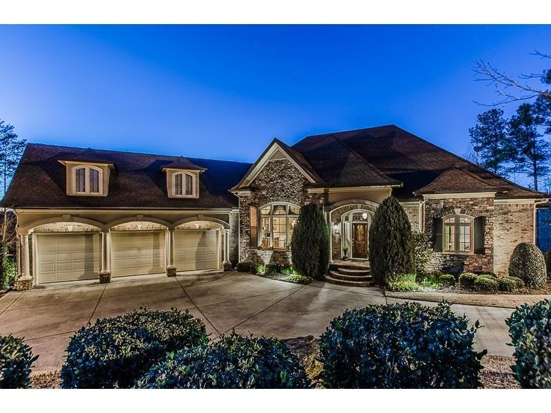 5533 Brendlynn Drive, Suwanee, GA 30024 (MLS #5681671) :: North Atlanta Home Team
