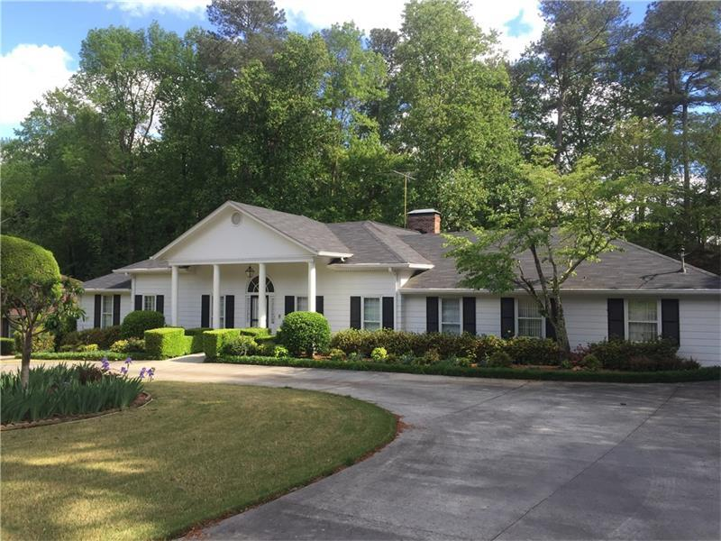 1083 Coronation Drive, Dunwoody, GA 30338 (MLS #5683507) :: North Atlanta Home Team
