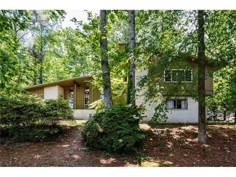 2703 Briarlake Woods Way NE, Atlanta, GA 30345 (MLS #5687782) :: North Atlanta Home Team