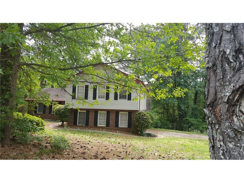 1835 Highpoint Road, Snellville, GA 30078 (MLS #5687817) :: North Atlanta Home Team
