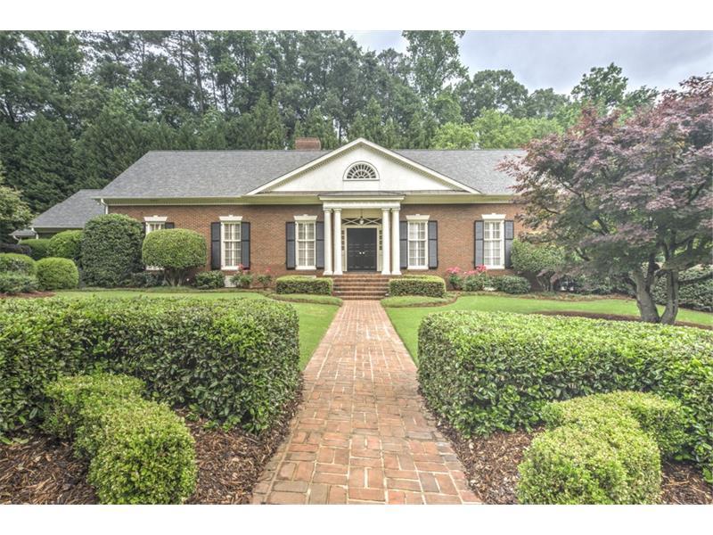 983 Dumbarton Court NW, Atlanta, GA 30327 (MLS #5695198) :: North Atlanta Home Team