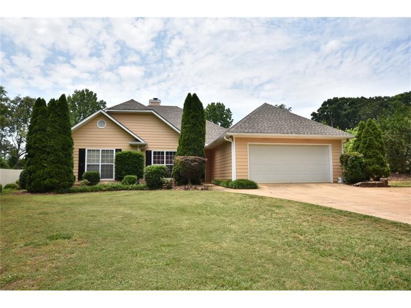 7810 Silversmith Drive, Cumming, GA 30028 (MLS #5695789) :: North Atlanta Home Team