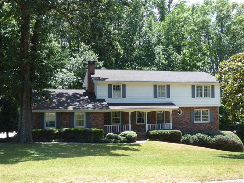 2825 Jasmine Court NE, Atlanta, GA 30345 (MLS #5701378) :: North Atlanta Home Team