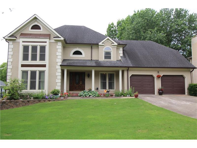 144 N Lakeside Drive, Kennesaw, GA 30144 (MLS #5701949) :: North Atlanta Home Team
