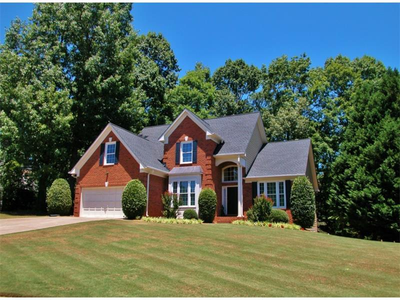 5910 Olde Atlanta Parkway, Suwanee, GA 30024 (MLS #5704568) :: North Atlanta Home Team