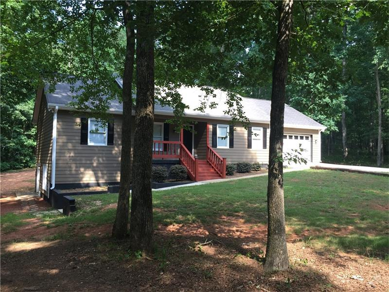 2826 Chickadee Drive, Monroe, GA 30655 (MLS #5706905) :: North Atlanta Home Team