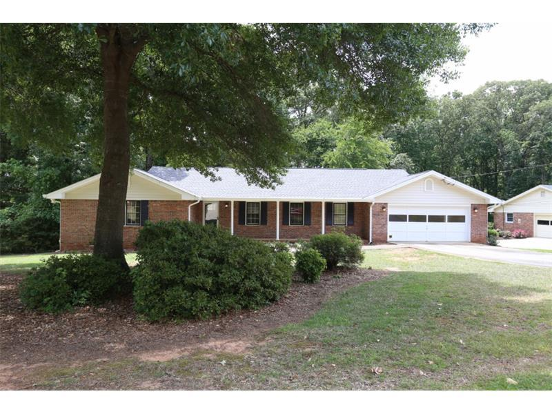 215 Country Place Drive, Stockbridge, GA 30281 (MLS #5707903) :: North Atlanta Home Team