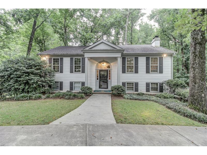 1355 Manget Way, Dunwoody, GA 30338 (MLS #5709023) :: North Atlanta Home Team