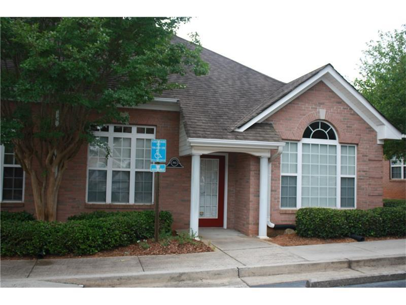 302 Abbey Court #302, Alpharetta, GA 30004 (MLS #5709653) :: North Atlanta Home Team