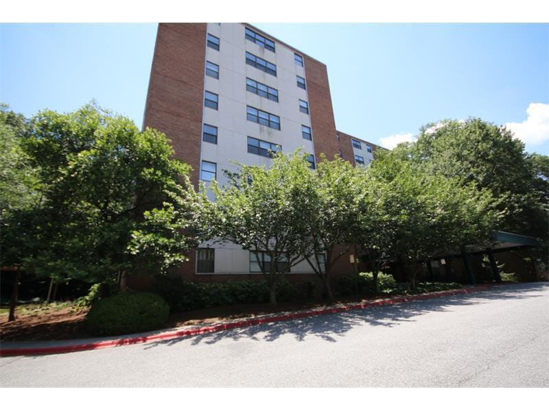 2965 Pharr Court South NW #702, Atlanta, GA 30305 (MLS #5711266) :: North Atlanta Home Team