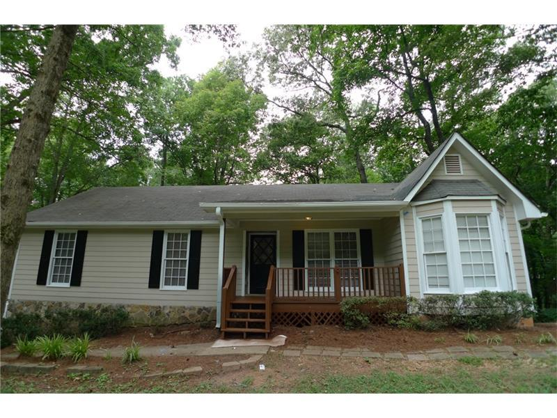 130 Lori Lane, Canton, GA 30114 (MLS #5713725) :: North Atlanta Home Team