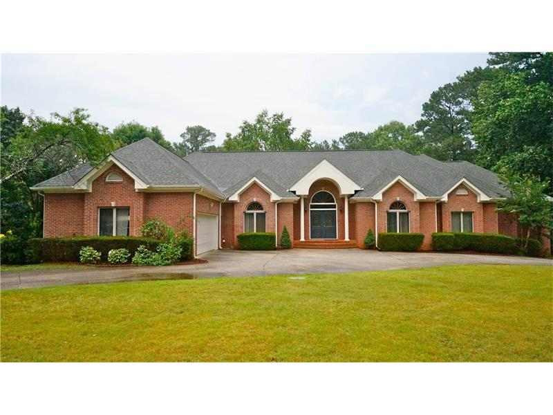 1736 Tilling Way, Smoke Rise, GA 30087 (MLS #5714288) :: North Atlanta Home Team
