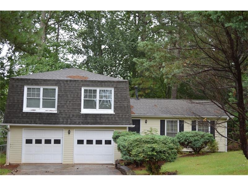676 Emerald Forest Circle, Lawrenceville, GA 30044 (MLS #5716281) :: North Atlanta Home Team