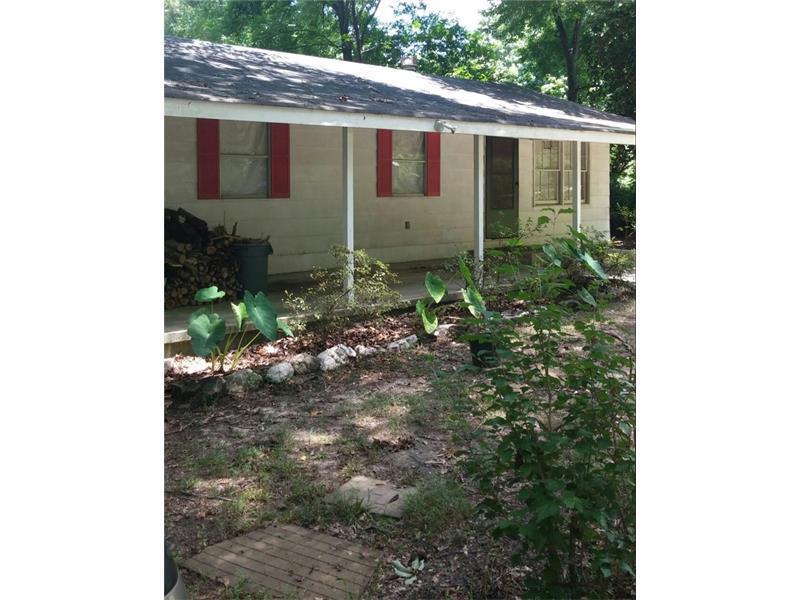 800 E Oak Lane, Douglasville, GA 30134 (MLS #5716784) :: North Atlanta Home Team