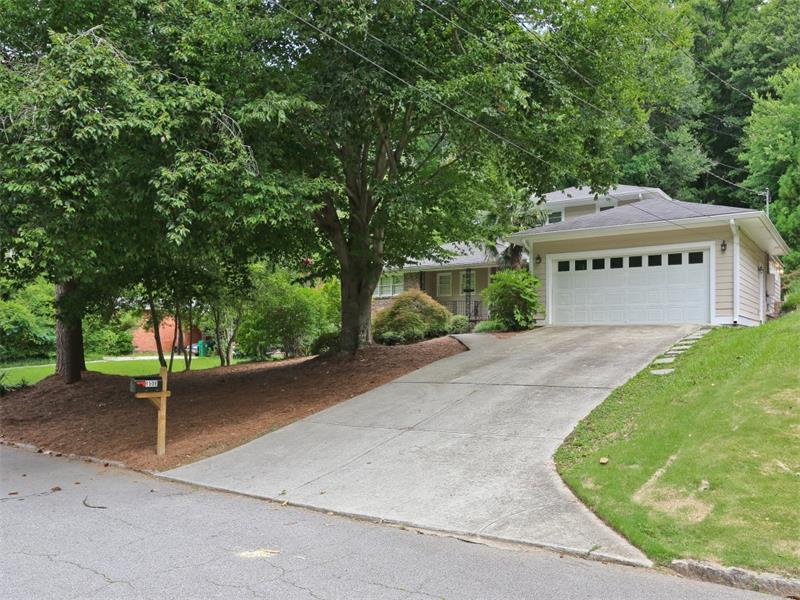 1508 Beechcliff Drive, Atlanta, GA 30329 (MLS #5719550) :: North Atlanta Home Team
