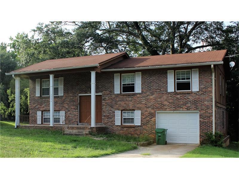 3894 Emerald Falls Court, Decatur, GA 30035 (MLS #5720013) :: North Atlanta Home Team