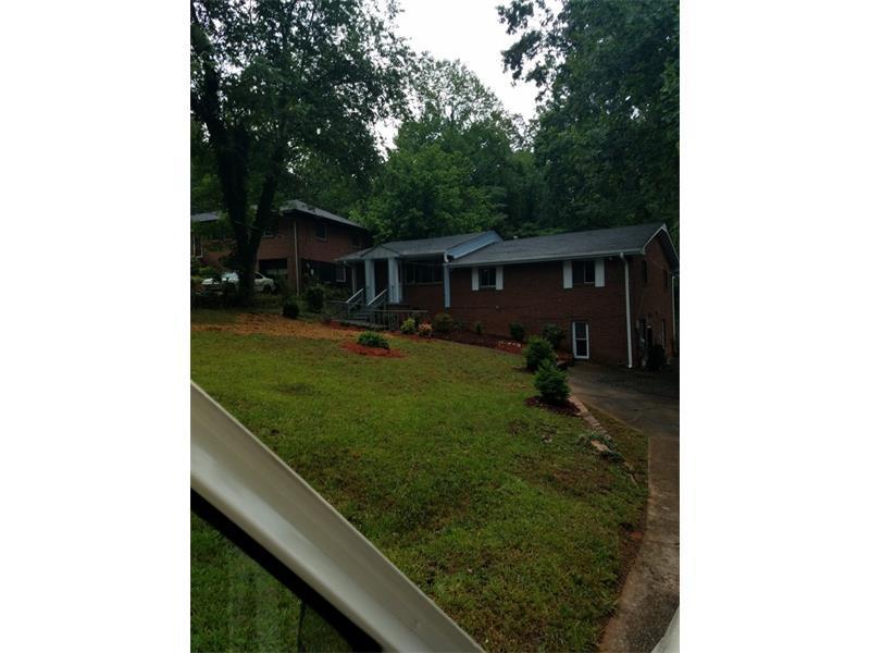 2516 County Line Road, Atlanta, GA 30331 (MLS #5721546) :: North Atlanta Home Team