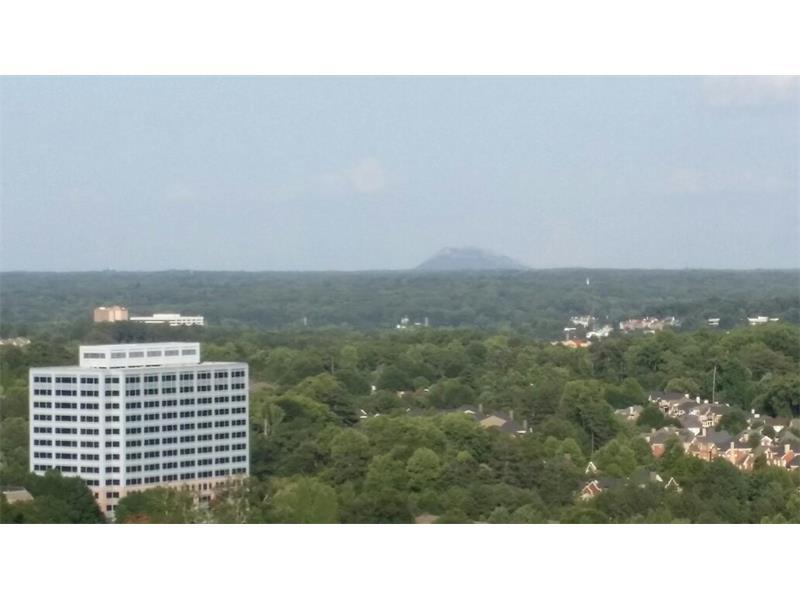 3481 Lakeside Drive E Ph301, Atlanta, GA 30026 (MLS #5721884) :: North Atlanta Home Team