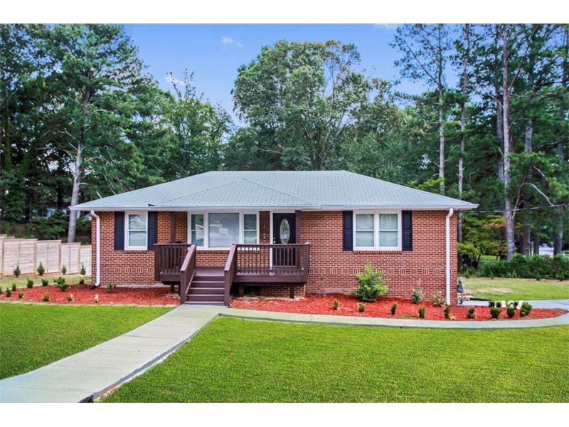 880 Powder Springs Street, Smyrna, GA 30080 (MLS #5723615) :: North Atlanta Home Team