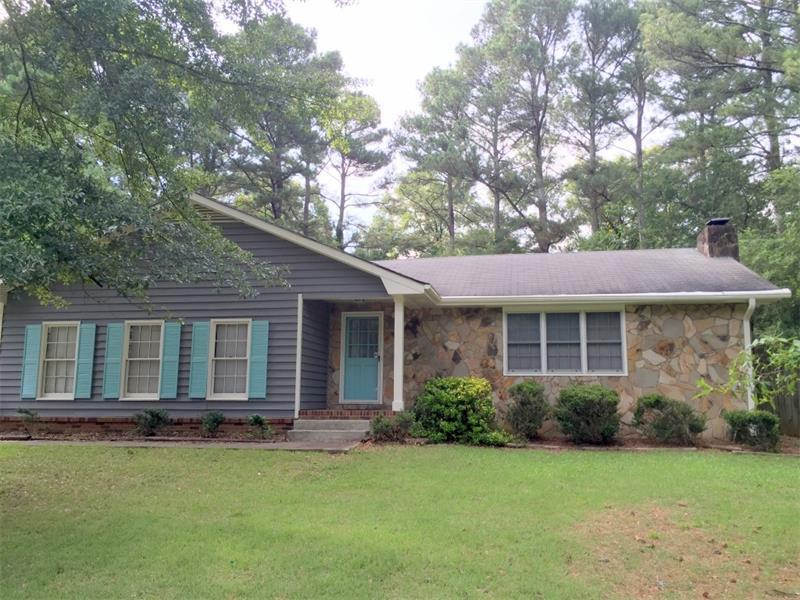 1655 Webb Gin House Road, Snellville, GA 30078 (MLS #5723704) :: North Atlanta Home Team