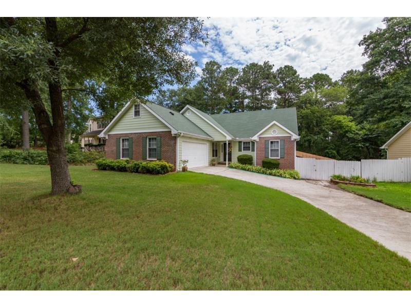 2403 Windridge Drive NE, Conyers, GA 30013 (MLS #5724329) :: North Atlanta Home Team