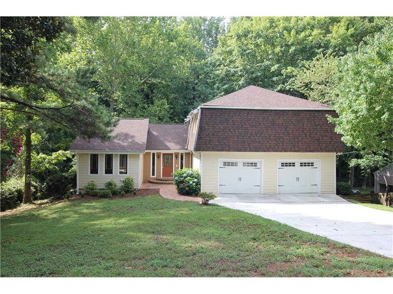 4332 Cove Island Drive NE, Marietta, GA 30067 (MLS #5724855) :: North Atlanta Home Team