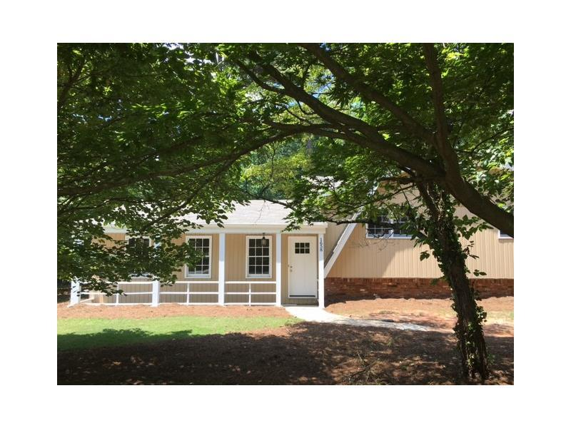 1658 Old Spring House Lane, Dunwoody, GA 30338 (MLS #5725560) :: North Atlanta Home Team
