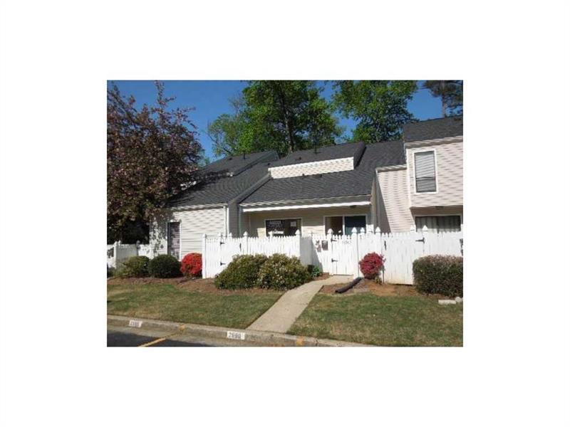 2690 Meadowlawn Drive #2690, Marietta, GA 30067 (MLS #5725960) :: North Atlanta Home Team