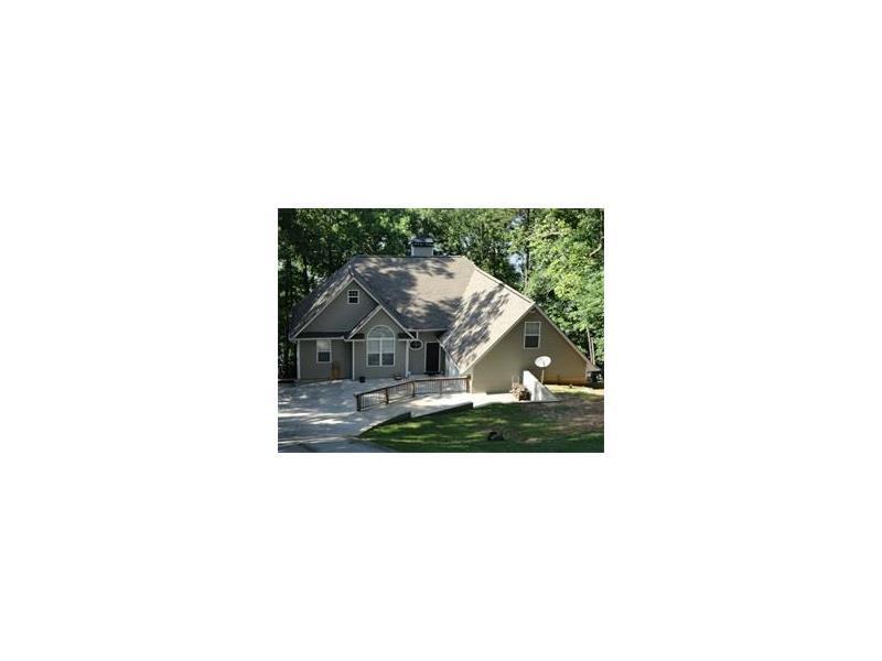7832 Beachwood Drive, Murrayville, GA 30564 (MLS #5726266) :: North Atlanta Home Team