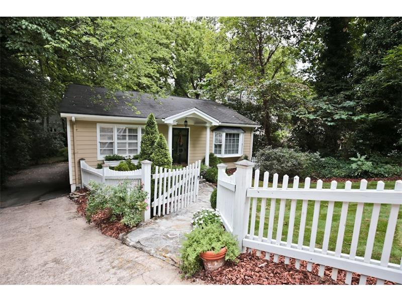 2049 Cottage Lane NW, Atlanta, GA 30318 (MLS #5726789) :: North Atlanta Home Team