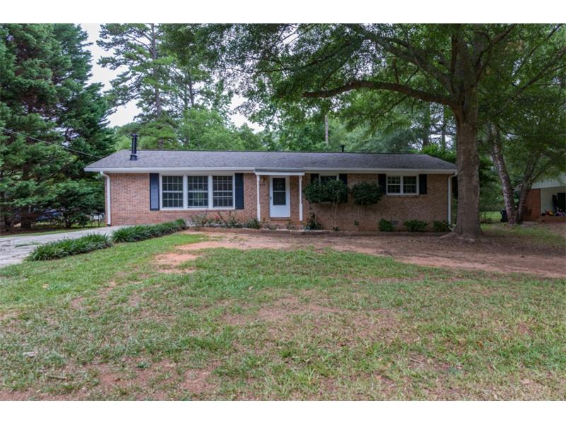 880 Virginia Court SE, Conyers, GA 30094 (MLS #5726896) :: North Atlanta Home Team