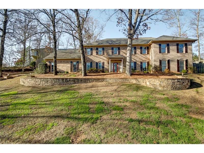 452 Bellflower Court, Roswell, GA 30076 (MLS #5728546) :: North Atlanta Home Team