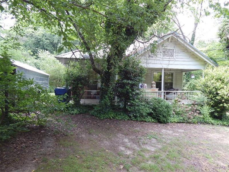 2465 Fairburn Road SW, Atlanta, GA 30331 (MLS #5729540) :: North Atlanta Home Team