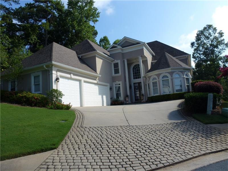 785 Falling Rocks Court, Roswell, GA 30076 (MLS #5730377) :: North Atlanta Home Team