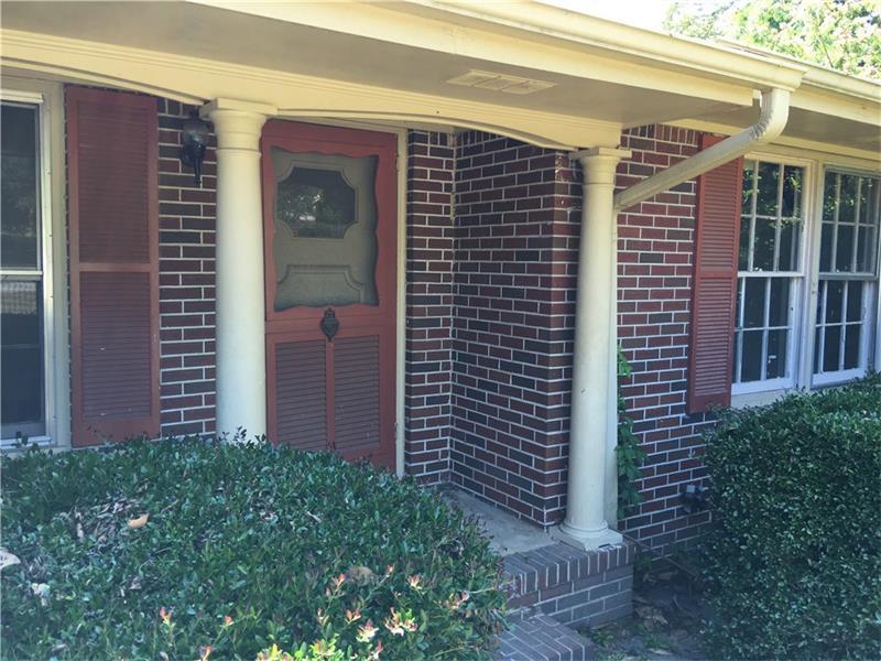 662 Meadowbrook Drive, Winder, GA 30680 (MLS #5730679) :: North Atlanta Home Team