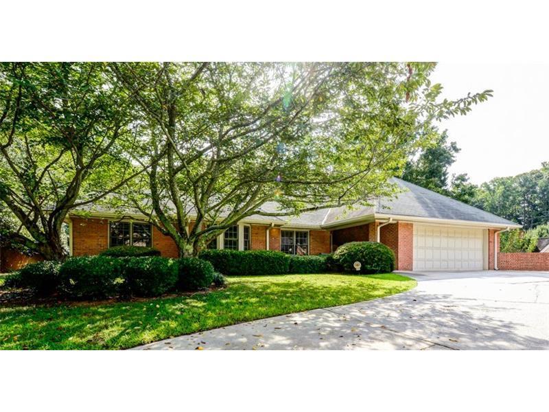 2649 Henderson Ridge Drive, Tucker, GA 30084 (MLS #5731937) :: North Atlanta Home Team
