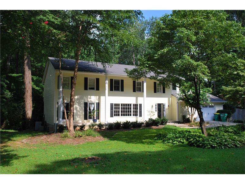 670 Creekwood Trail NE, Marietta, GA 30068 (MLS #5733412) :: North Atlanta Home Team