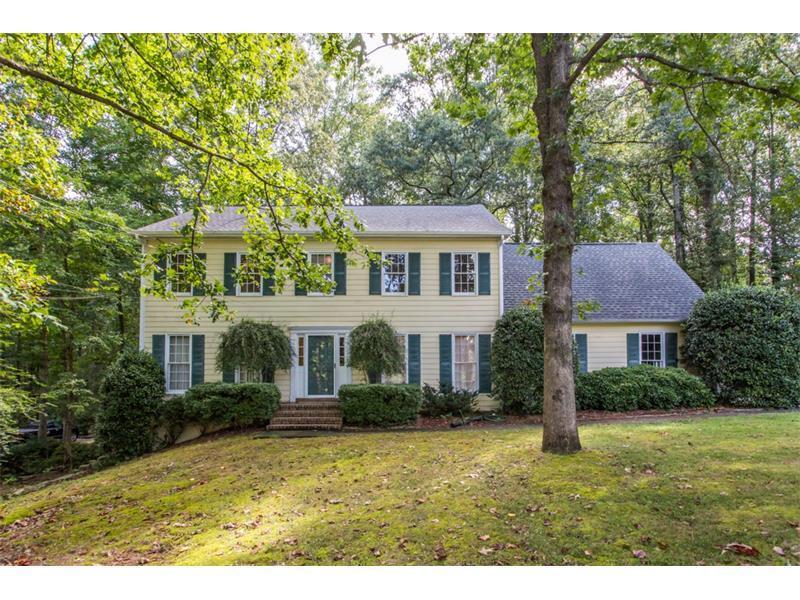 1364 Drakie Court, Lilburn, GA 30047 (MLS #5733683) :: North Atlanta Home Team