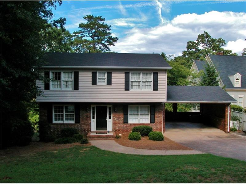 1386 Riverside Drive, Gainesville, GA 30501 (MLS #5733828) :: North Atlanta Home Team