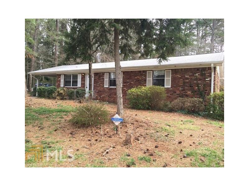 396 Derbyshire Drive, Stone Mountain, GA 30088 (MLS #5734456) :: North Atlanta Home Team