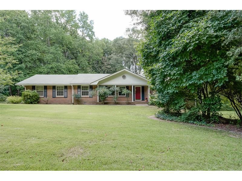 5856 Foxfield Trail, Rex, GA 30273 (MLS #5734959) :: North Atlanta Home Team