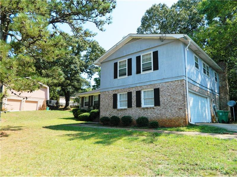 4034 Flakes Mill Road, Decatur, GA 30034 (MLS #5735096) :: North Atlanta Home Team