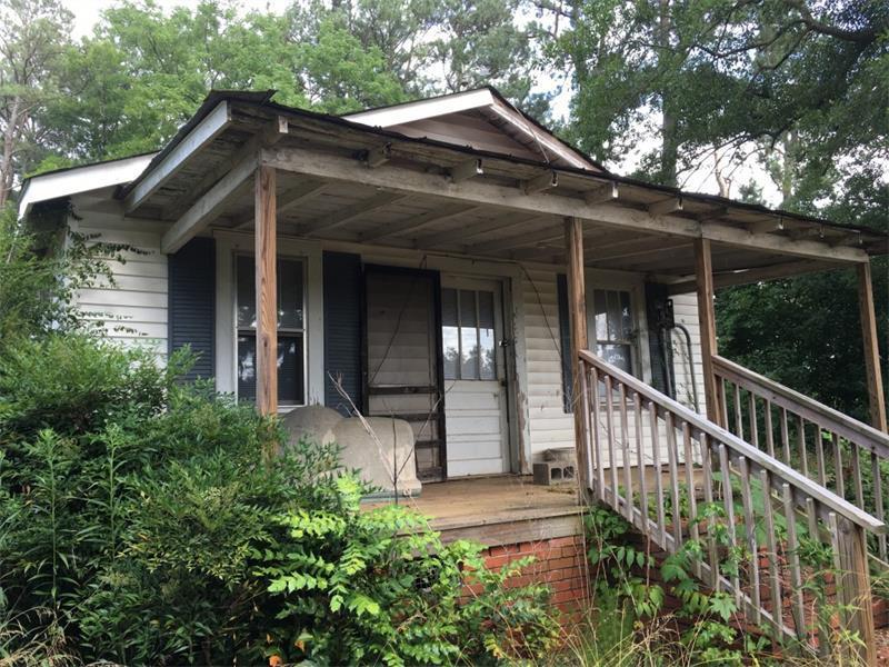 6117 Bowen Bridge Road, Clermont, GA 30527 (MLS #5735219) :: North Atlanta Home Team