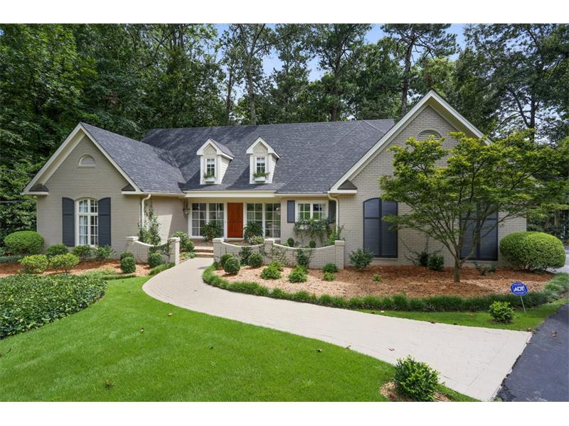649 Old Ivy Road, Atlanta, GA 30342 (MLS #5735386) :: North Atlanta Home Team