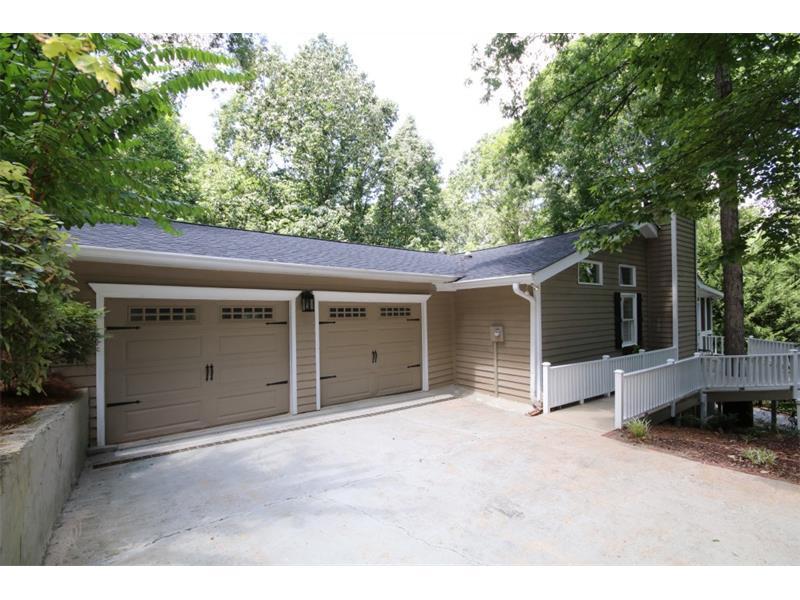 159 Hickory Street, Roswell, GA 30075 (MLS #5736547) :: North Atlanta Home Team