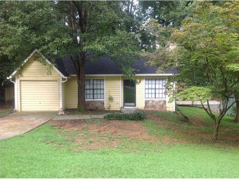 773 Inland Way NW, Lilburn, GA 30047 (MLS #5737688) :: North Atlanta Home Team