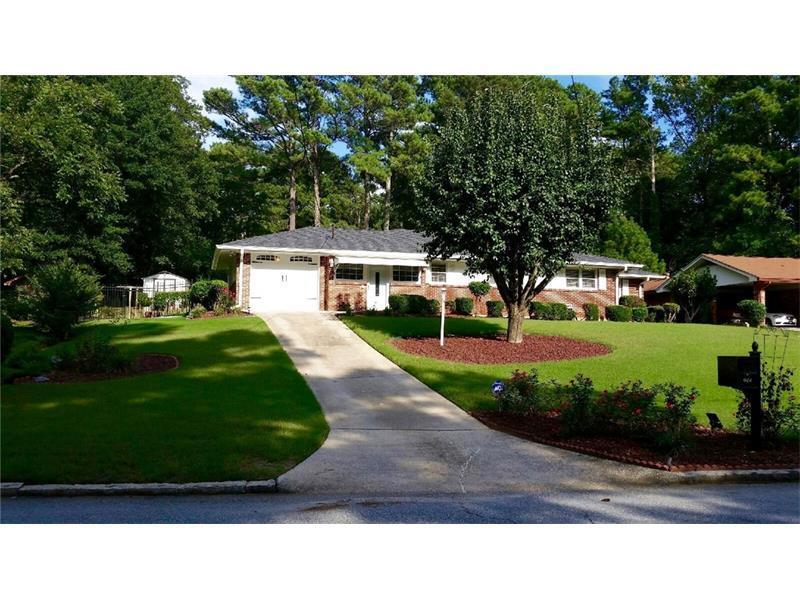 944 Laurelmont Drive SW, Atlanta, GA 30311 (MLS #5738180) :: North Atlanta Home Team