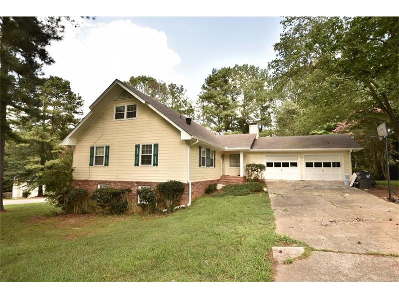 2217 Cedar Drive, Lawrenceville, GA 30043 (MLS #5738476) :: North Atlanta Home Team
