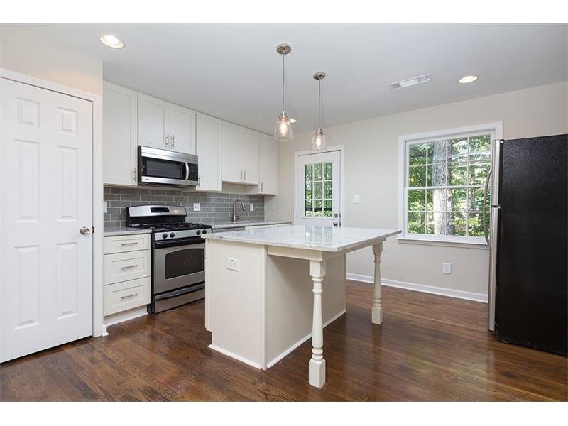 135 East Hill Street #10, Decatur, GA 30030 (MLS #5738525) :: North Atlanta Home Team